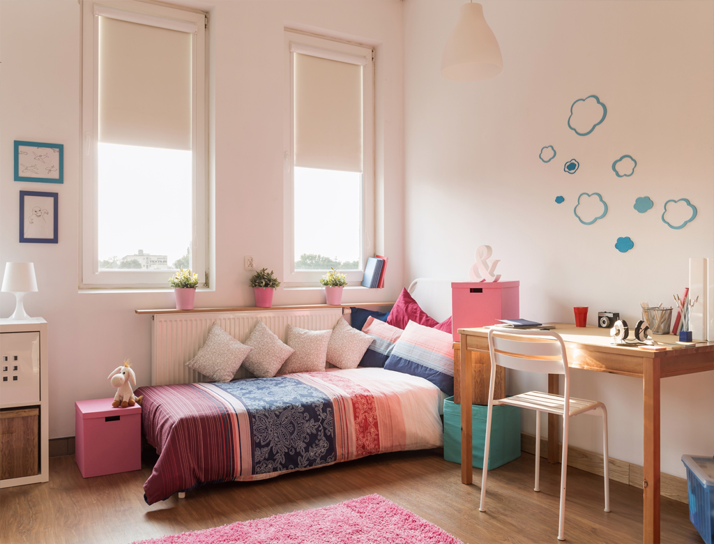 turnkey finishing - playroom with safety sofa and desk
